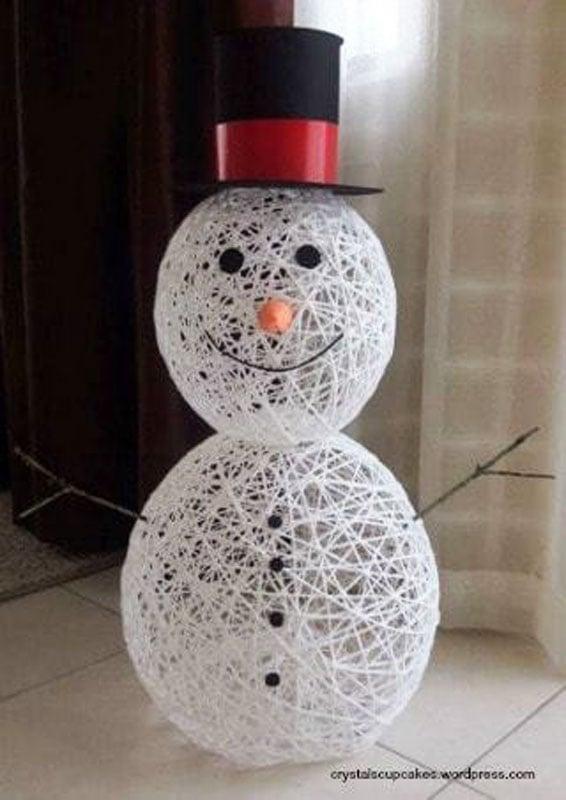 51 CUTEST Snowman Crafts | Balloon Yarn Snowman Topiary Craft