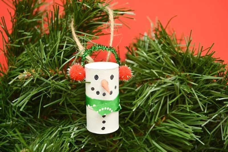51 CUTEST Snowman Crafts | Wine Cork Snowman Ornament Craft