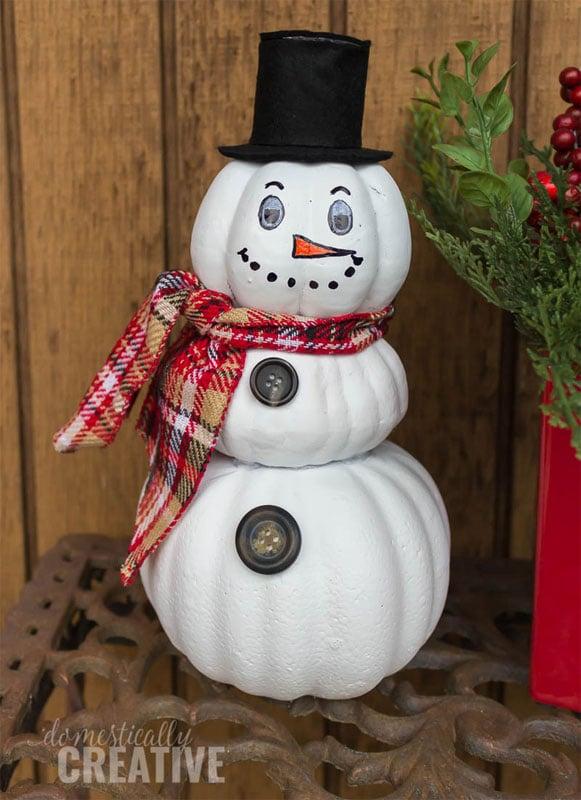51 CUTEST snowman crafts | Stacked Pumpkin Snowman Craft
