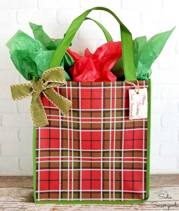 Reusable Wrapping Paper Ideas: grocery tote as a gift bag