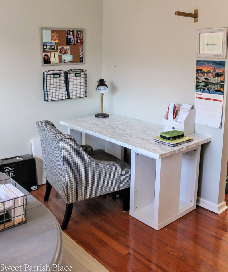 37 UNBELIEVABLE IKEA desk hacks! #IKEA #IKEAhacks #IKEAdeskhack #IKEAdesks #IKEAdeskideas #IKEAdeskhacks #Ikeadeskideas #ikeadeskhackhomeoffices #linnmon #linnmondeskhack #linnmondesk #alexdrawer #ekby #ekbyalexhack #ikeatrestledesk #ikeatrestlehack #expedit #kallax #ikeaexpedithack #kallaxhack #kallaxdesk #expeditdesk #ikeaingohack #rastdresserhack #klimpendesk #klimpendeskhack #Ikeaklimpin #ikeakallax #ikeaexpedit #ikeatrofast #trofasthack
