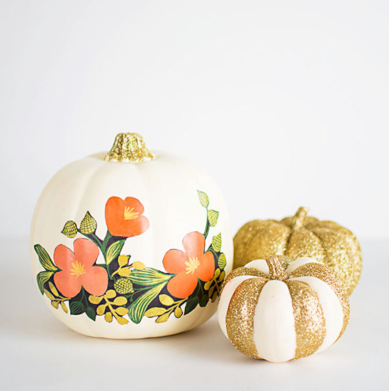40+ NO CARVE Pumpkin Ideas You'll Want to Try This Fall!! Mod Podged flowers + glitter