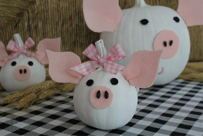 40+ NO CARVE Pumpkin Ideas You'll Want to Try This Fall!! Pretty Piggies from Crafts A La Mode