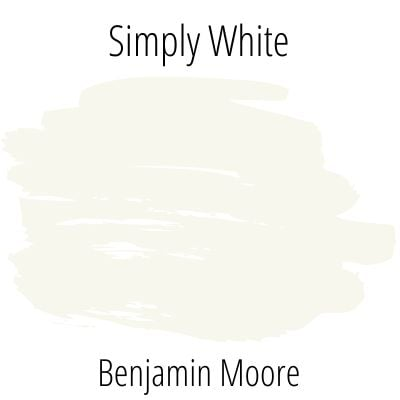 Paint Swatch Benjamin Moore Simply White on a pure white background