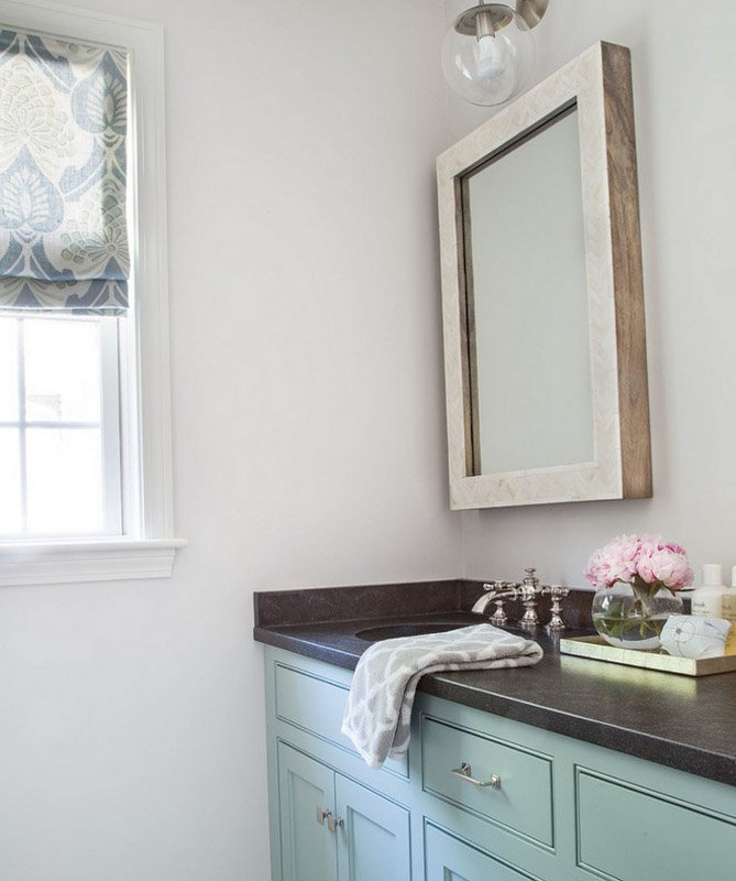 BM Silver Satin paint makes a soft, neutral backdrop for this bathroom with subtle coastal decor