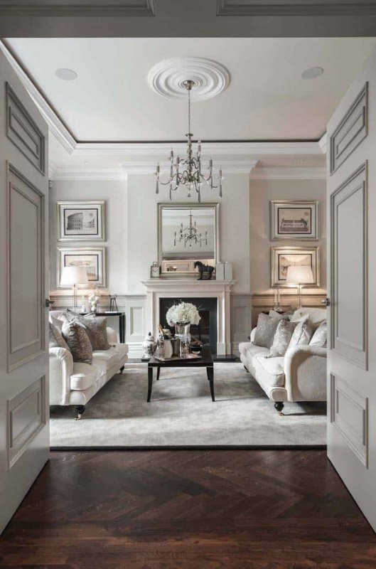 Sitting room featuring Benjamin Moore Collingwood walls and White Dove crown moulding and trim.