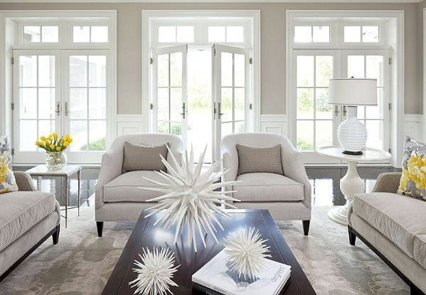 Light-filled living room with Collingwood walls and white trim.