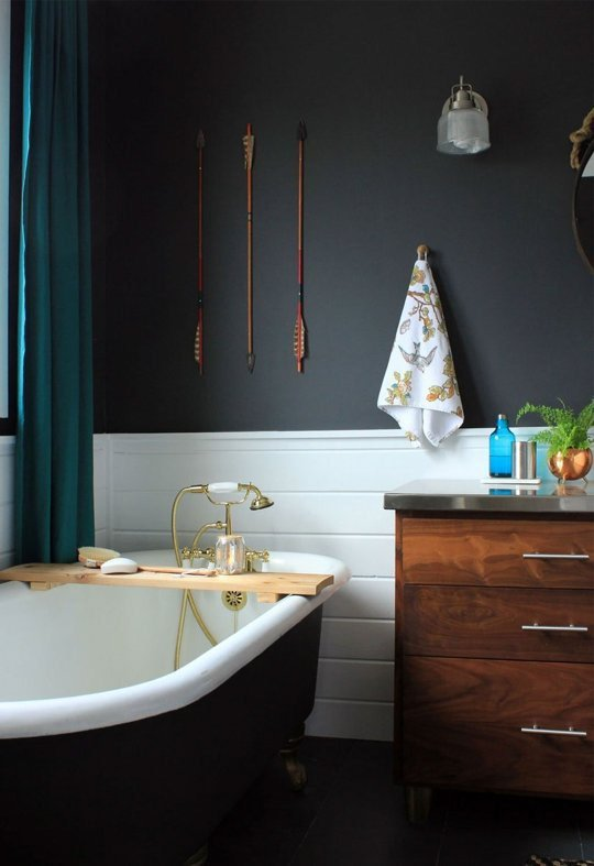 Upper portion of a bathroom wall in Benjamin Moore's Wrought Iron paint. Room featured a black claw foot tub as well.